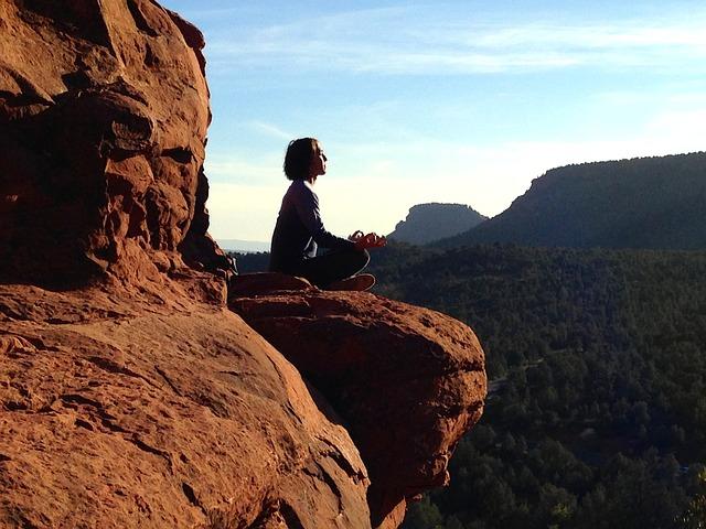 www.yogsiksha.com