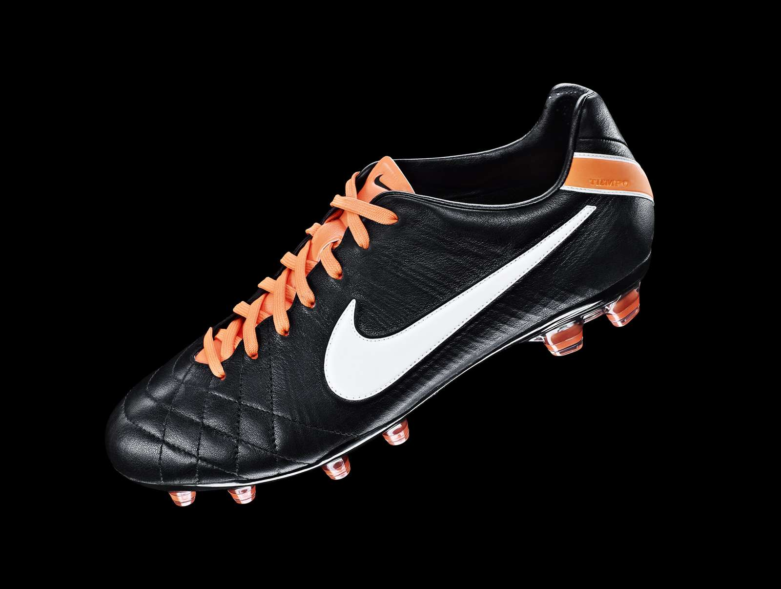d25e453c376a8 Colorway Leaked  Nike to Release Nike Tiempo Legend 4 2019 Remake ...