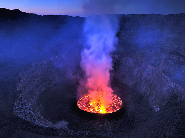 WORLD's BIGGEST LAVA LAKE ( NYIRAGONGO CRATER )