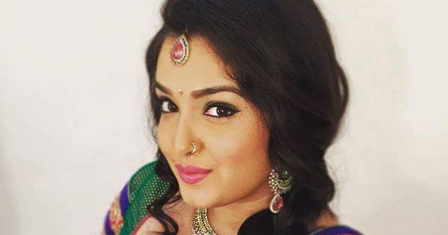 Amrapali Dubey Biography, Wiki, Dob, Age, Height, Weight, Affairs and More