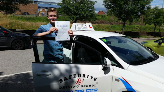 Driving lessons Chesterfield, Driving instructor Chesterfield, Driving school Chesterfield TERRIFIC TOM