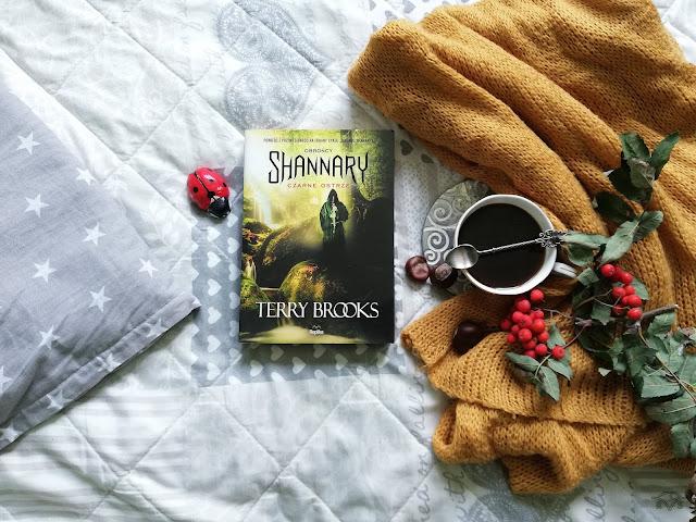 obrońcy shannary terry brooks czarne ostrze fantastyka młodzieżowa