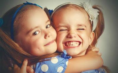 4 أخطاء تقع فيها أم التوأم,بنتين تؤام اختان اخوة اخوات twin sisters girls beautiful