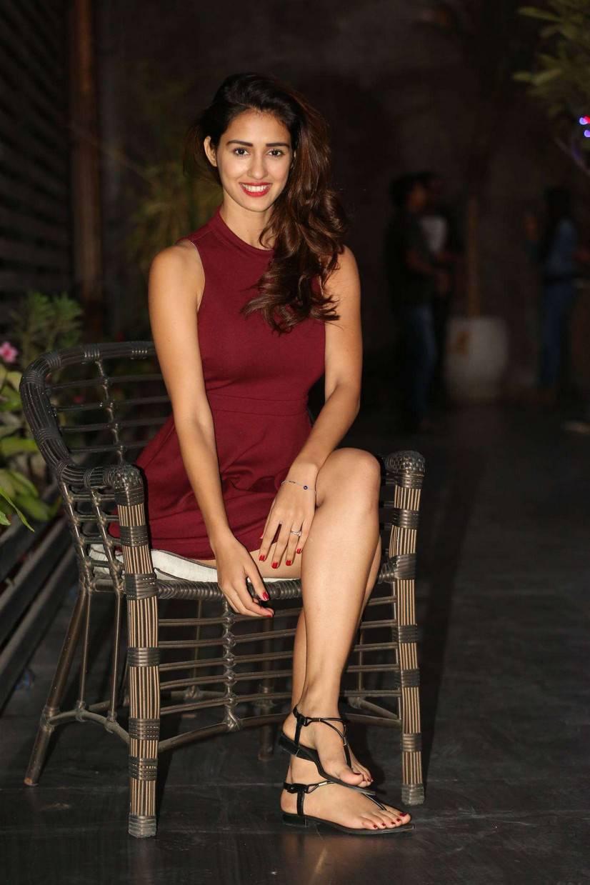 Disha Patani Legs Thigh Stills In Maroon Mini Skirt