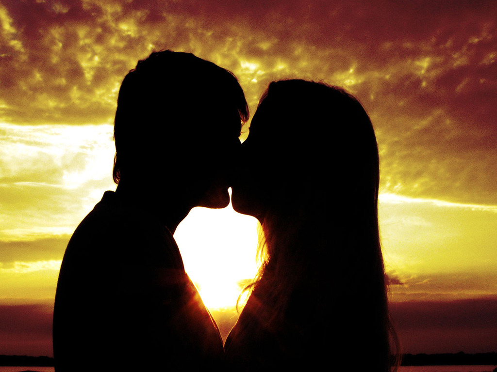 Wallpaper love kiss Amazing Wallpapers