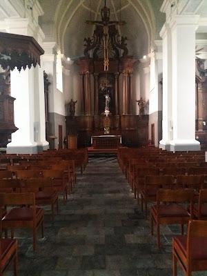 St Gertrudis interior, Kuringen (B)