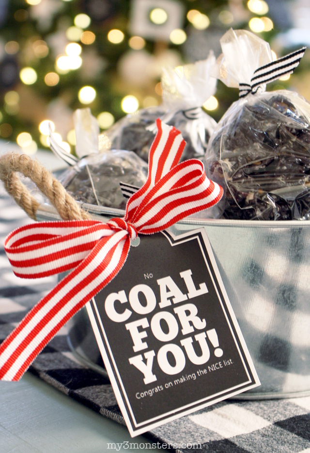 Looking for an unusual treat idea this year for your friends who have a sense of humor?  These Licorice Caramel Coal Popcorn Balls from my3monsters.com for I Heart Naptime are just the thing for you!