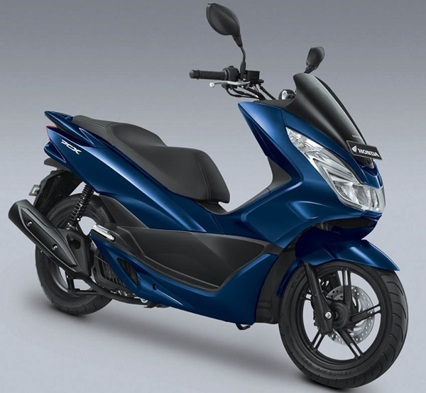 Exclusive Poseidon Blue Warna Baru Honda PCX
