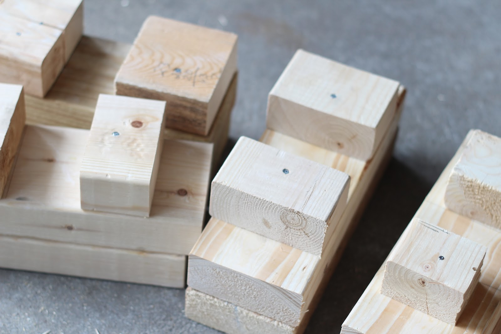 How To Make Bed Risers
