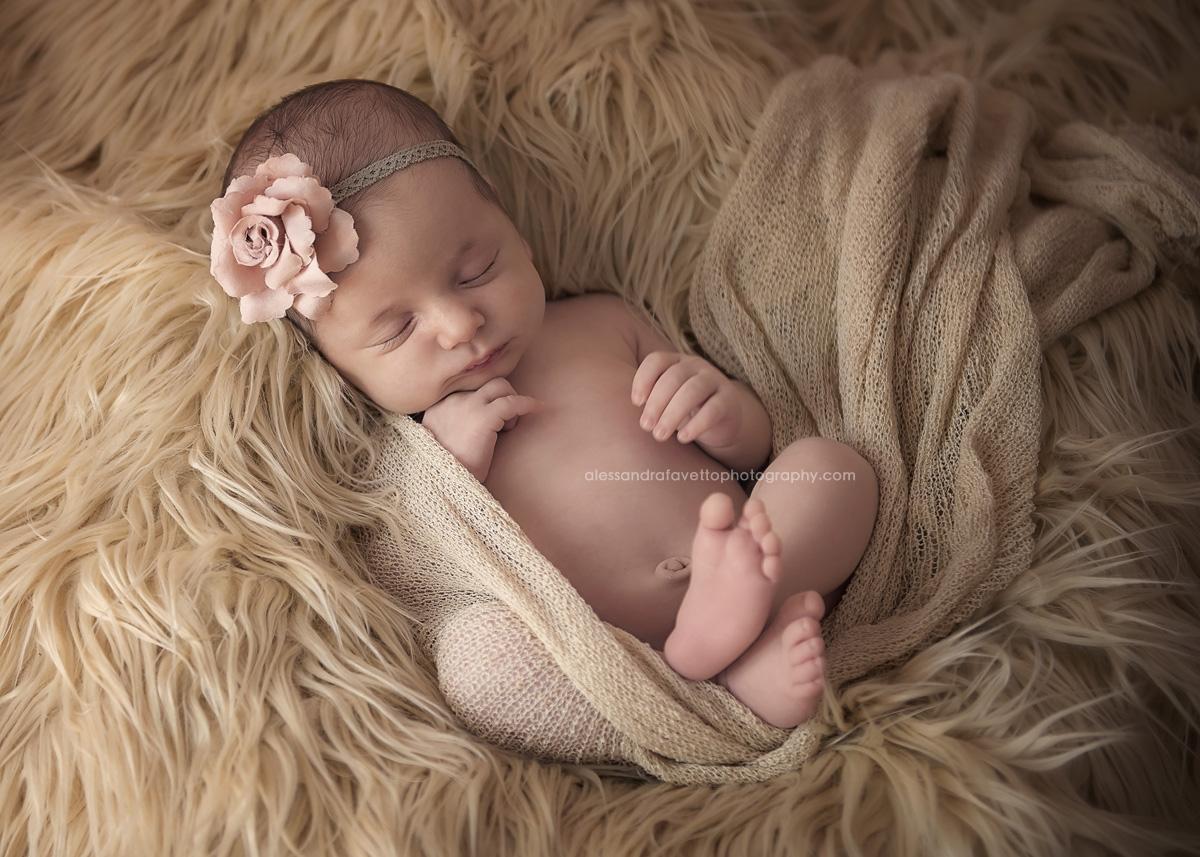 Fotografía de recién nacido en Sevilla