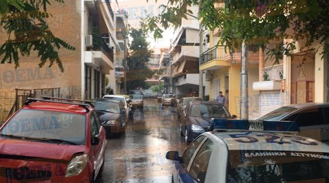 Ίλιον: 18χρονος έπεσε από μπαλκόνι με καρφωμένο μαχαίρι στο λαιμό
