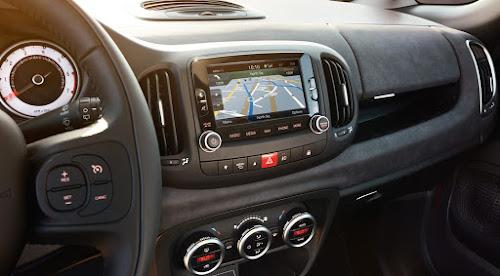 2017 Fiat 500L 6.5 Uconnect
