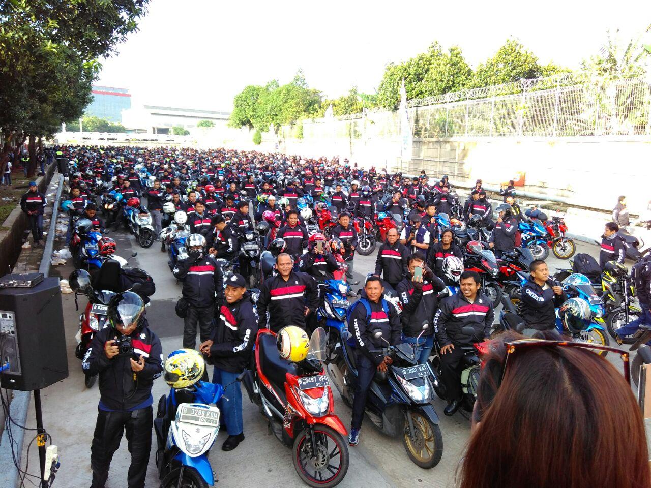 Touring Suzuki Bersatu, Pupuk Kebersamaan Ribuan Bikers Suzuki