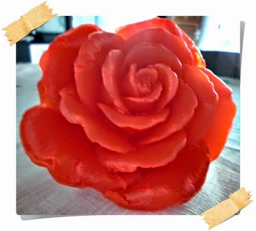 maravilhosa rosa vermelha - sabonete artesanal