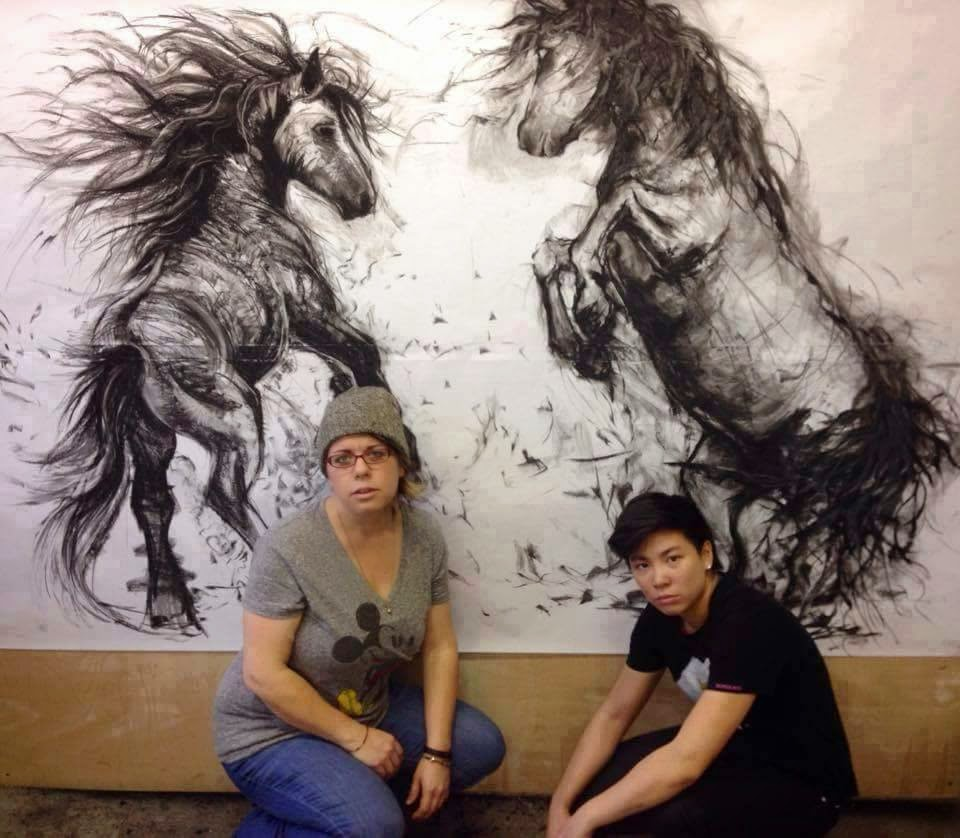 Dibujo al carbon de caballos