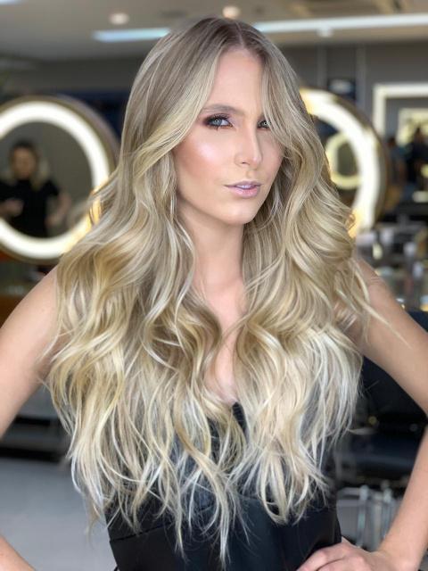 Descolorir o cabelo diminui a oleosidade? Saiba os mitos e verdades sobre a despigmentação