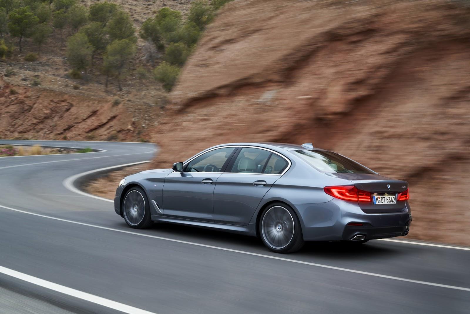 2017-BMW-5-Series-46.jpg