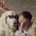 Ο σκληρός της Άρσεναλ σε διαφήμιση με τους σκύλους του...