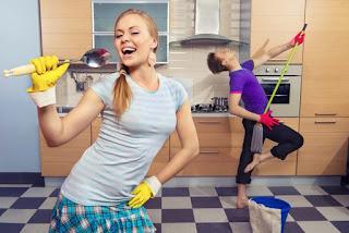 7 Kegiatan Rumah Tangga yang Bisa Melangsingkan Tubuh