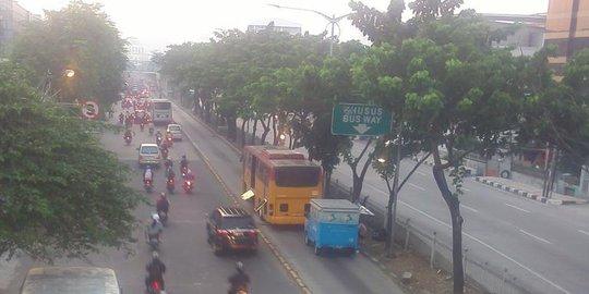 2 Transjakarta 'kompak' Mogok Saat Jam Kerja