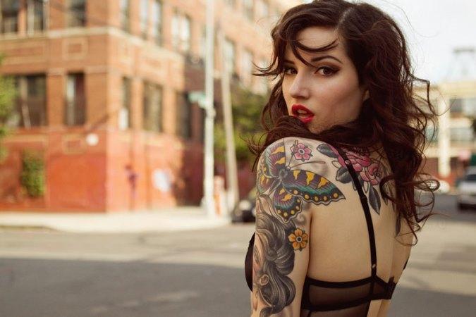 Resultado de imagem para Tatuagens Femininas no Braço Inteiro