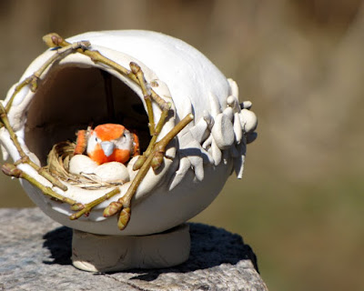 http://www.intothecraft.com/2019/02/nature-egg.html
