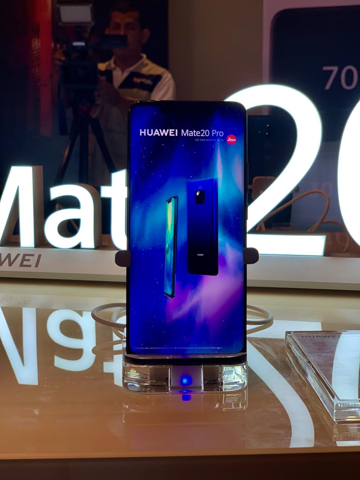 72dd11c2d94 La nueva serie HUAWEI Mate 20 está equipada con EMUI 9, la capa de  personalización exclusiva de Huawei sobre el sistema operativo Android Pie  9.