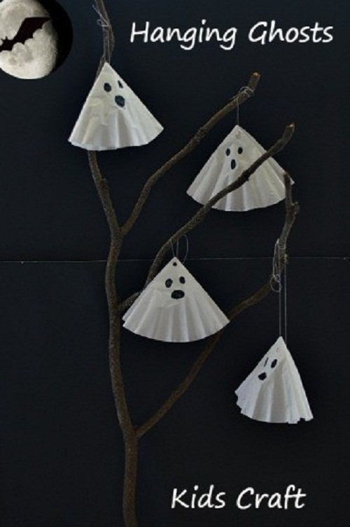 16 DIY Halloween funny ghost craft for kids to make. DIY Halloween hanging ghost craft ideas. Easy to make Halloween cute ghost craft ideas for kids. Simple DIY Halloween funny ghost craft 2018. Halloween paper craft ghost for outdoor decoration. Preschool paper ghost craft ideas for kids. Spooky ghost craft decoration for home. Front door spooky ghost decoration ideas. Paper craft for indoor decoration. Scary Halloween craft decoration.