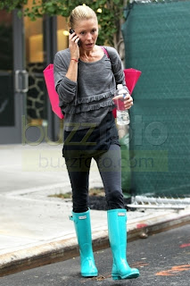 Glamour Amp Pearls Ugg Amp Hunter Boots