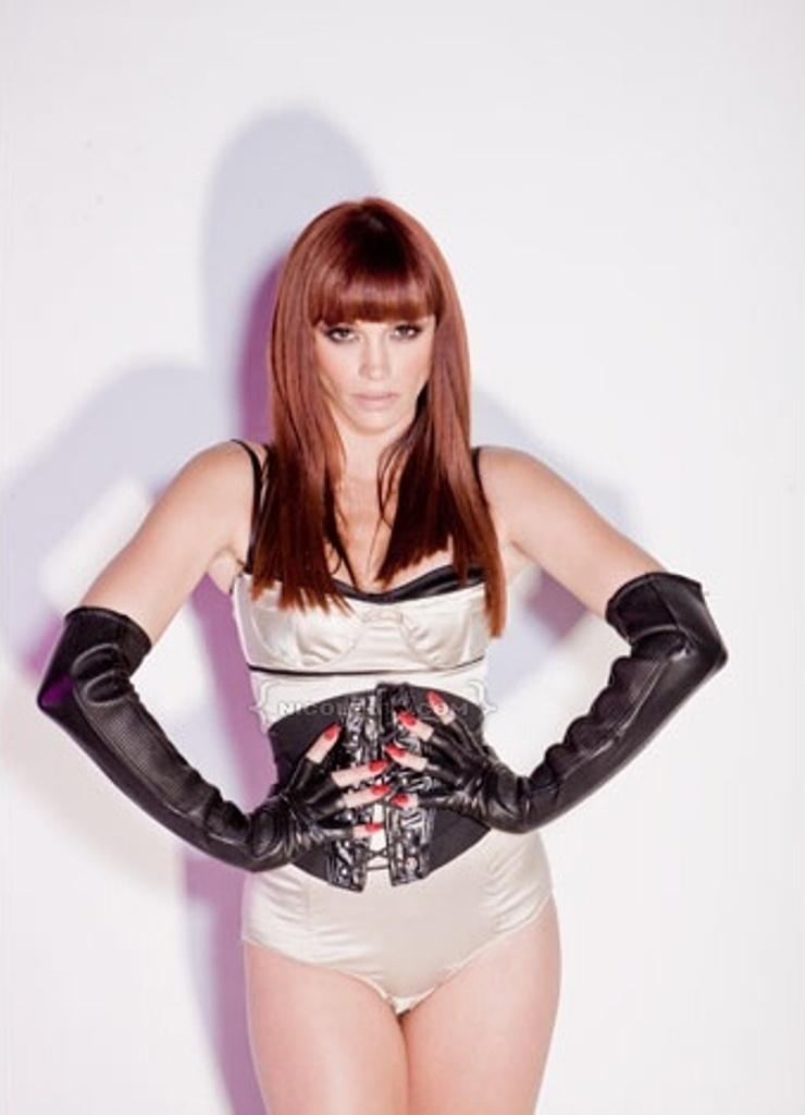 jessica-sutta-redhead
