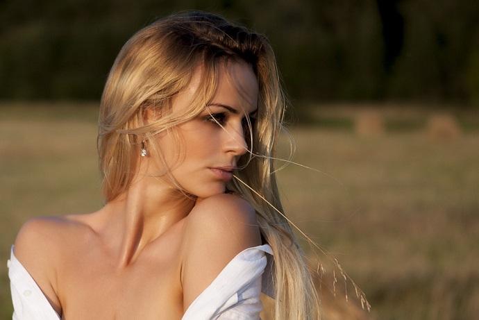 Voglio a conoscere una donna per serio [PUNIQRANDLINE-(au-dating-names.txt) 42