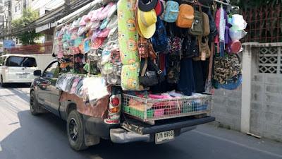 バンコクの移動販売車