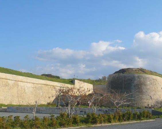 Μέσα στον Ιούλιο η απόφαση για τα Ενετικά Τείχη στο Ηράκλειο