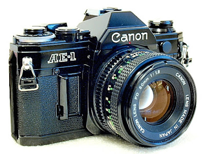 Canon AE-1, Front Left