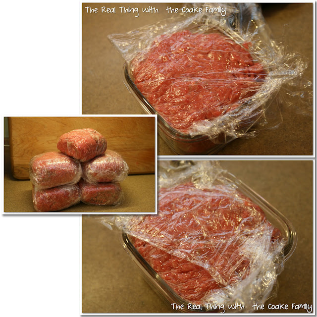 Buy your meat in bulk and save money with this handy food savings tip on freezer packing meat. #Food #Savings #Freezer #Tips #RealCoake