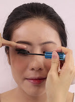 Merge those false eyelashes together with Flow Fushi Mote Mascara.