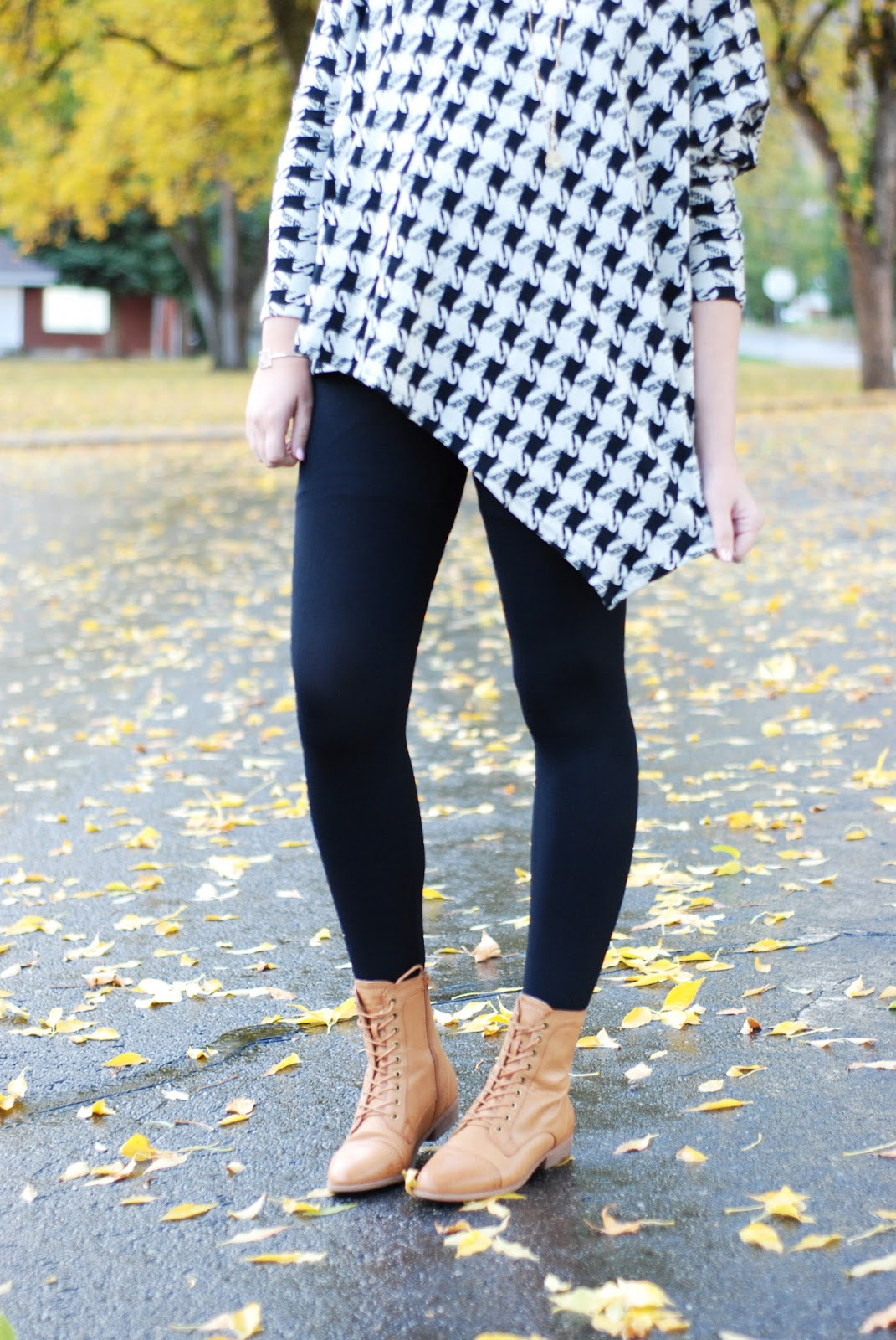 Houndstooth Poncho, Fall Style, Poncho, Maternity Outfit