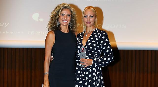 """Meryem Uzerli, invitată de onoare la """"Lifetime İkinci Şans Projesi"""""""
