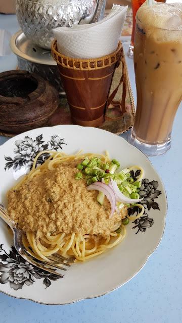 food, laksa johor, makan kampung cyberjaya, malaysia popular restaurant, malaysia traditional restaurant, malayu restaurants, Restaurant sebulek, sebulek cyberjaya,