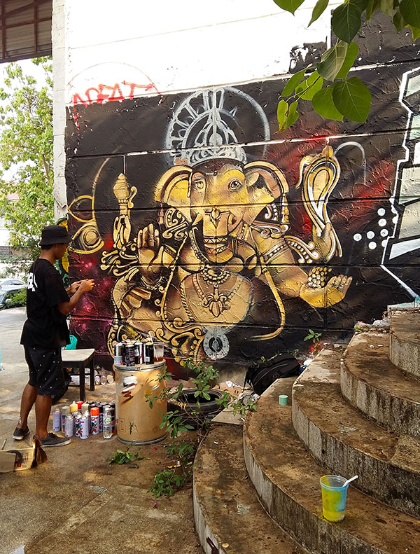 Meeting of Styles: Thailand 2016 street art festival by Yellowmenace