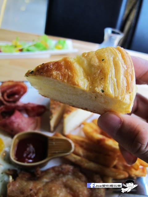 IMG 0710 - 【台中美食】1770 cafe ,置身在彩虹屋底下的美食饗宴,餐點讓你隨意搭配,想吃甚麼就搭甚麼