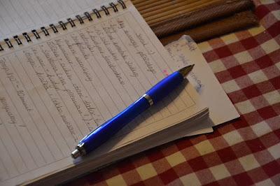 Pengertian Paragraf Argumentasi, Eksposisi, Deskripsi, Narasi dan Persuasi