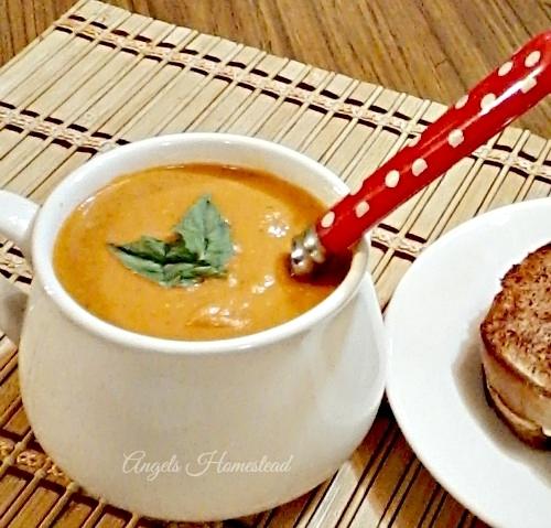Home Sweet Homestead: Tomato Soup