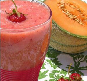Resultado de imagen para jugo de fresa y melón