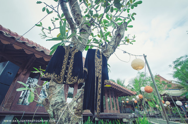 baju  kanigaran dari daerah yogyakarta