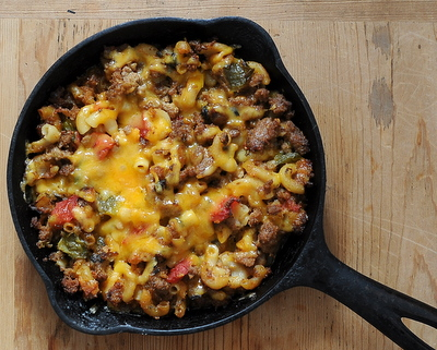Hamburger Casserole ♥ KitchenParade.com, one-skillet weeknight comfort food, 'lightened up' and highly adaptable. Not a single can of mushroom soup in sight.