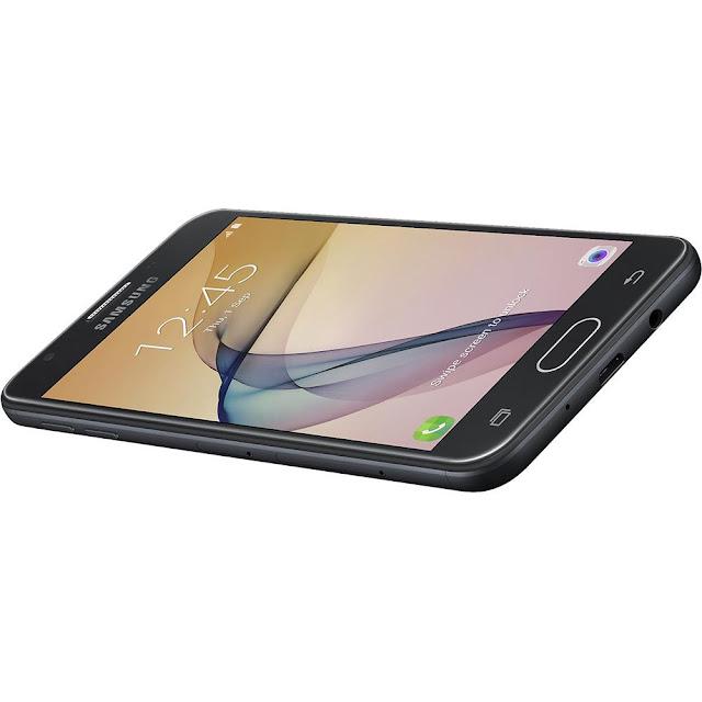 """O Galaxy J5 Prime possui um design Premium com corpo em metal, tela de 5"""", vidro resistente Gorilla Glass 2.5D e traseira curva, oferecendo um manuseio mais confortável"""