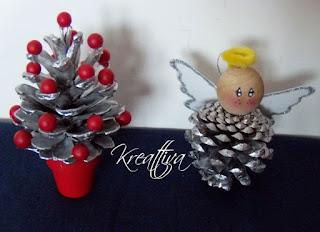 albero e angelo con pigna