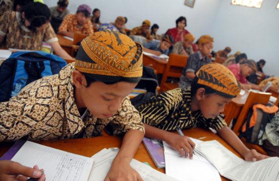 RPP Bahasa Jawa Kelas 9 K13 Revisi 2019 Semester 1 dan 2