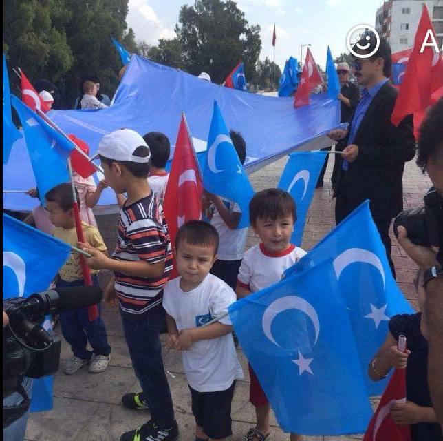 Uygurların Miting ve eylem resimleri gösteri resimleri ile ilgili görsel sonucu